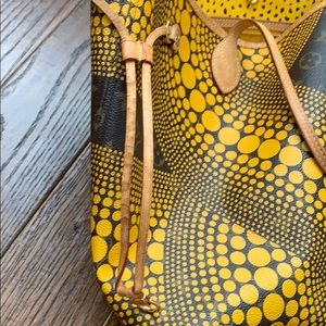 Louis Vuitton Bags - YAYOI KUSAMA LOUIS VUITTON YELLOW NEVERFULL MM